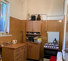 Продам 3 комн. квартиру в Приморском р-не, по ул. Косвенная.