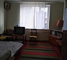 Apartament cu 2 odai. Nicolae Dimo. Riscani.