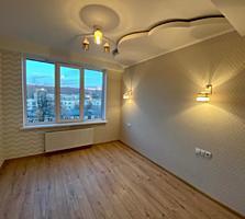 Apartament spatios - 72 m. p.! Casa nou!
