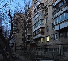 Apartament cu 3 odai. Bd. Moscova!!!