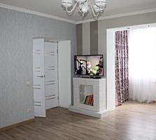 Продается квартира в центре, напротив гостиницы РОССИЯ