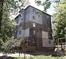Hristo Botev! Langa Miadora, raion foarte bun, odai separate, balcon!