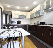 Продается 3-х комнатная квартира в новостройке 4 этаж, 90 кв. м.