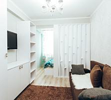 Apartament modern cu 2 odai + living, Centru