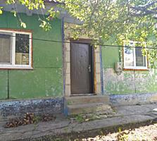 Продается дом с участком земли 16 соток.