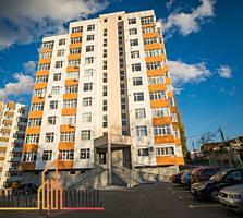 Se vinde apartament spatios cu 2 odai+ living in sectorul Telecentru.