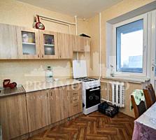 Vă propunem acest apartament cu 3 camere, sectorul Telecentru, str.
