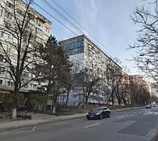 Se vinde apartament in sect. Botanica pe str. Hristo Botev. ...