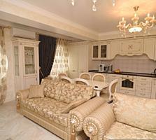 Spre vanzare Penthouse cu 2 dormitoare + living + terasa intr-o casa .