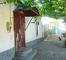 Продам дом с гаражом, 15с земли в Бендерах на Шелковом р. Молдавкабеля