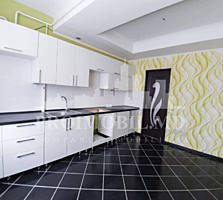 Vă oferim un Apartament cu 3 camere, este bine poziționat în ...