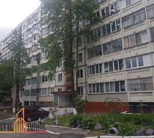 Apartament cu 3 odai in sectorul Ciocana, str. Petru Zadnipru. Bloc ..