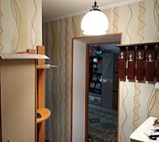 Продается 1- комнатная квартира 30 кв. м. с ремонтом, этаж 1 из 5. Стен