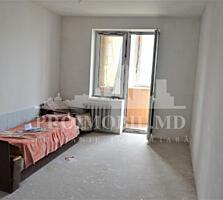 VÂNZARE apartament cu 3 camere + living. Suprafața de 127 mp. ...