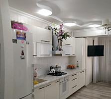 Oferim spre vânzare apartament cu 2 camere + living în sect. ...