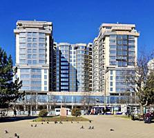 Vă propunem spre vînzare apartament cu 3 camere + living, amplasat în