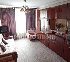 De vînzare apartament cu 3 camere, situat în sect. Botanica, bd. ...