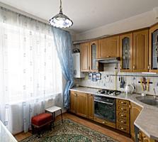 Se vinde apartament cu 3 odăi, amplasat în sect. Botanica pe str-la ..