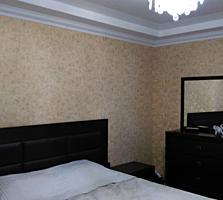 Продам 2-комнатную квартиру в самом центре! Дом книги