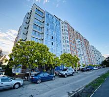 Rîșcani, str. Studenților, 105 m2, 2 odăi + living, et. 7/9, bloc nou.