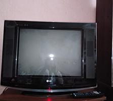 Продам телевизор LG,