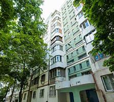 Apartament ieftin și luminos într-o clădire rezidențială! Ideal ...