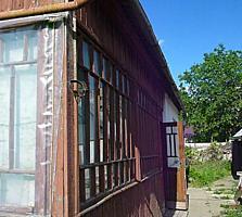 Продам дом с 6 с. огорода в Бендерах на Шелковом в районе Церкви!