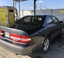 Lexus XV20