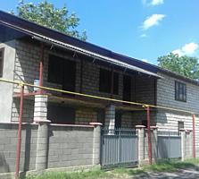 Продам дом в центре, 180 м2. Можно использовать в коммерческих целях