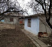 Продается дом 3 комнаты + кухня 50 кв. м. 6 соток, сарай, паровое от