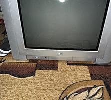 """Телевизор LG 21"""""""