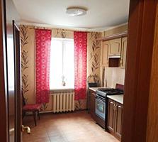 Продам 3 комнатную квартиру на Ближней Слободке
