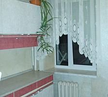 Продам 2 комнатную квартиру Богдана Хмельницкого сталинка