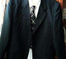 Продам костюм мужской- 250 руб.