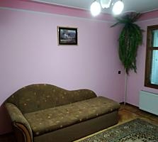 Продается 3- комнатная квартира 74 кв. м. этаж 2 из 9 с автономным отоп
