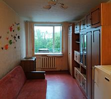 Отдельная большая комната в общежитии