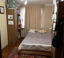 Центр, 2-комнатная с ремонтом, 1/5 эт.