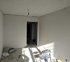 Продается большая 2-комнатная квартира 54кв. м белый вариант. Разрешен