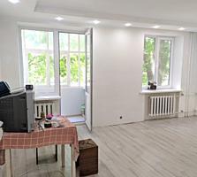 2 комнатная с евроремонтом в центре Бендер.