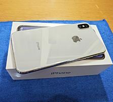 Новый iPhone X/10 64GB в цвете Silver + EarPods + защитное стекло