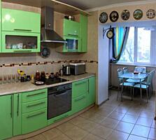 Трехкомнатная квартира в ЖК Консоль на пересечении улицы Пишоновской .