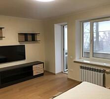Трехкомнатная квартира на пересечении улиц Левитана и Маршала Жукова .