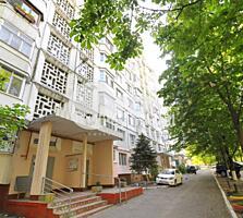 Vă oferim spre vânzare apartament cu 3 camere situat în sectorul ...