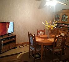 Продается уютная 3-комнатная квартира в центре города (разумный торг)