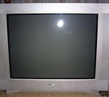 Телевизор Sony Тrinitron (Япония) Б\У, д. 54 cм, рабочий, с пультом.