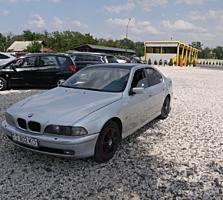 BMW E39 (Usauto)