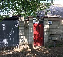 Дом на Кировском, район 8 школы, газ, вода, удобства, 6 соток.