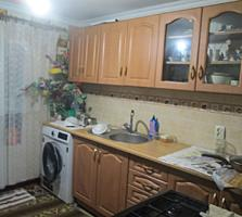 Продается полдома 2 комнаты, кухня, санузел, в Думбраве. 20400 евро