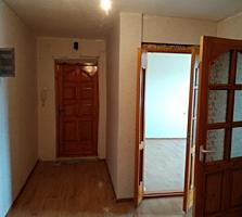 Продается просторная 3- комнатная квартира 70 кв. м. раздельные комнат