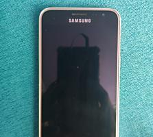 Продам Samsung galaxy j3 16 gb. Торг уместен.